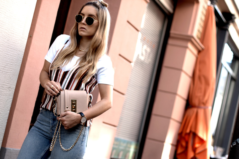 http://www.fashiontwinstinct.com/wp-content/uploads/2016/09/IMG_0361.CR2_-960x641_c.jpg
