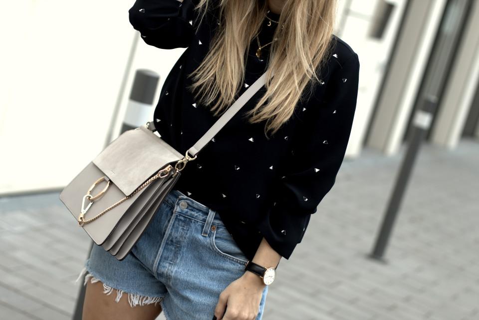 http://www.fashiontwinstinct.com/wp-content/uploads/2016/09/IMG_9827.CR2_-960x641_c.jpg