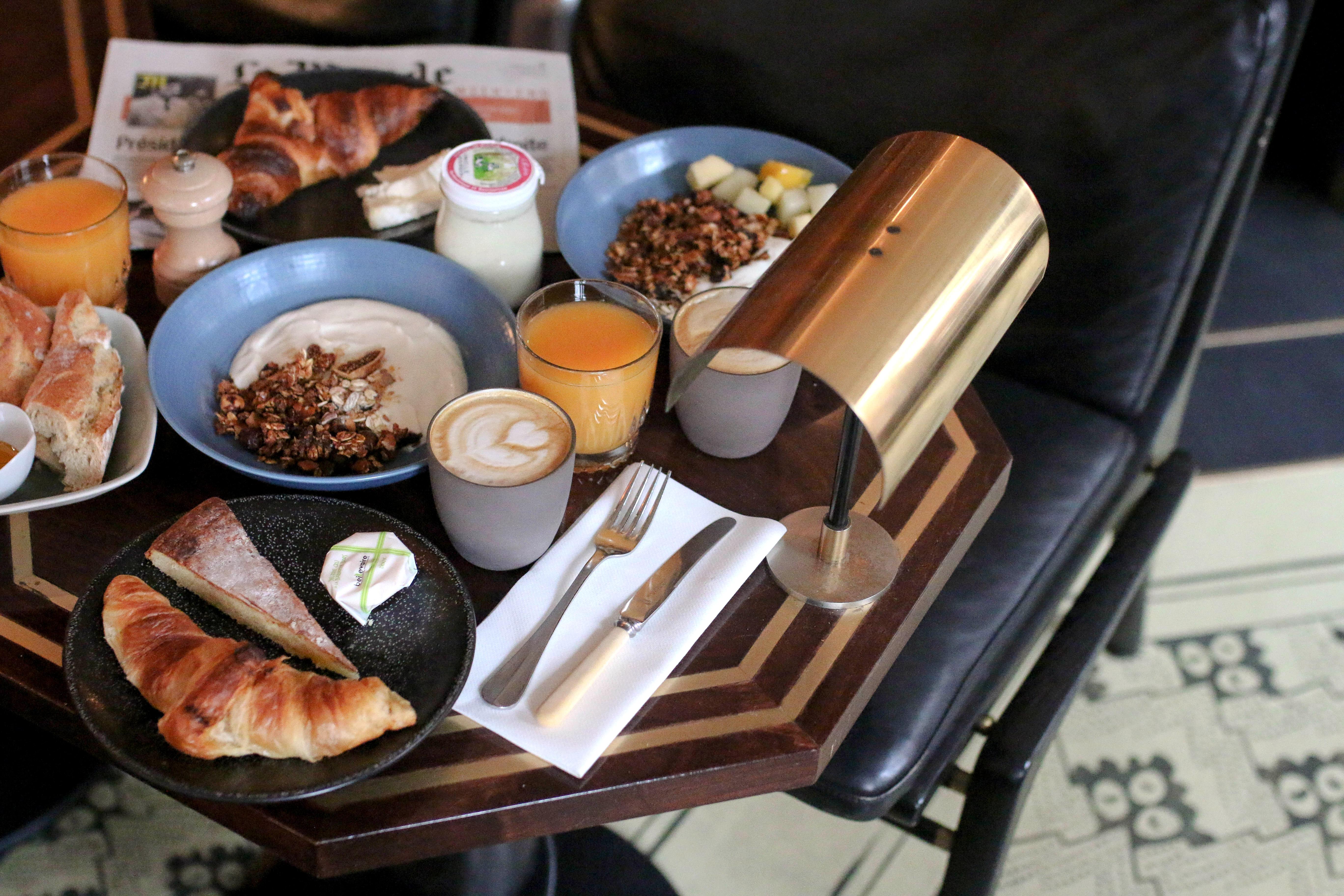 grand pigalle hotel paris review breakfast goals restaurant bewertung