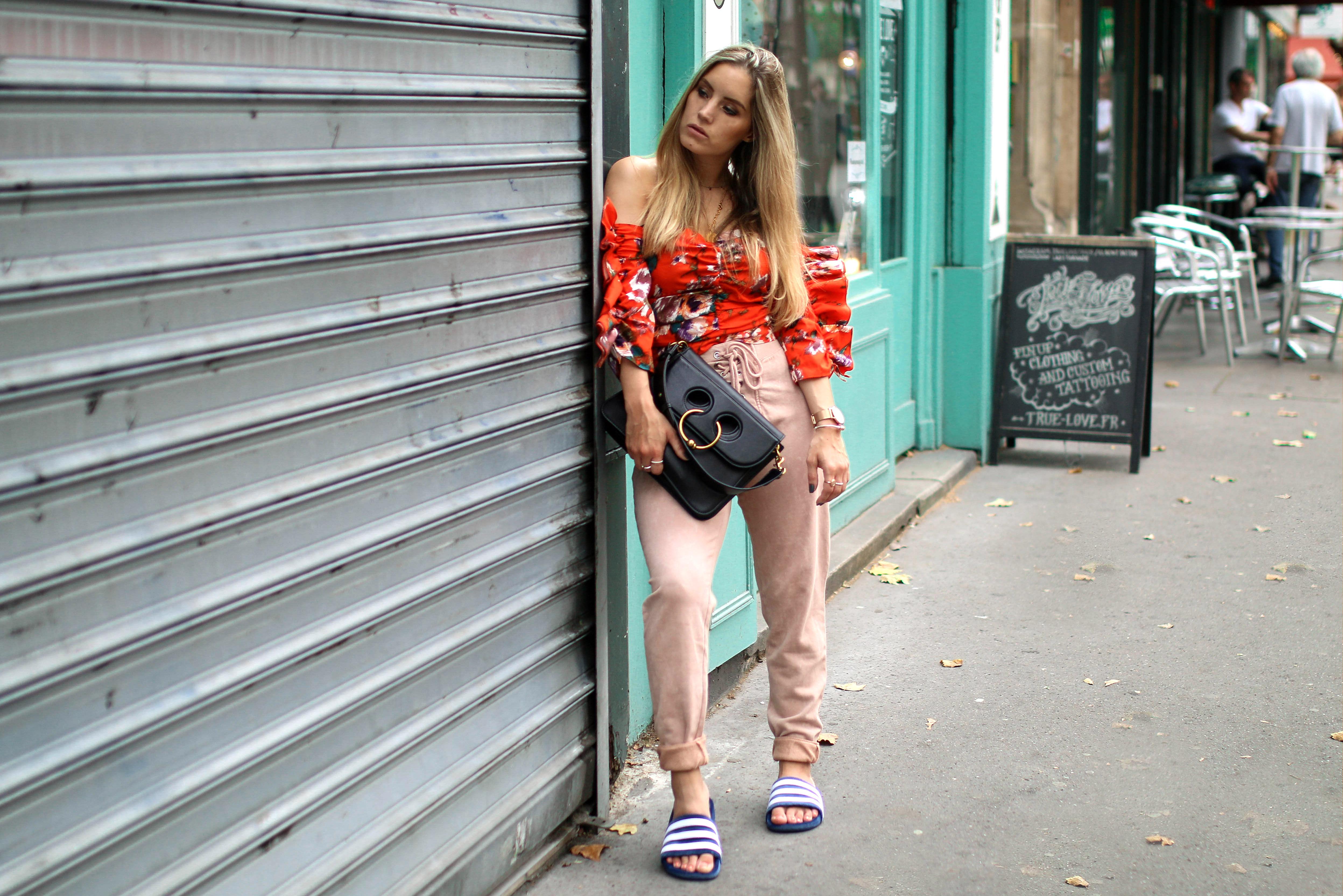 velvet adilettes samt adiletten outfit inspiration fashion blog
