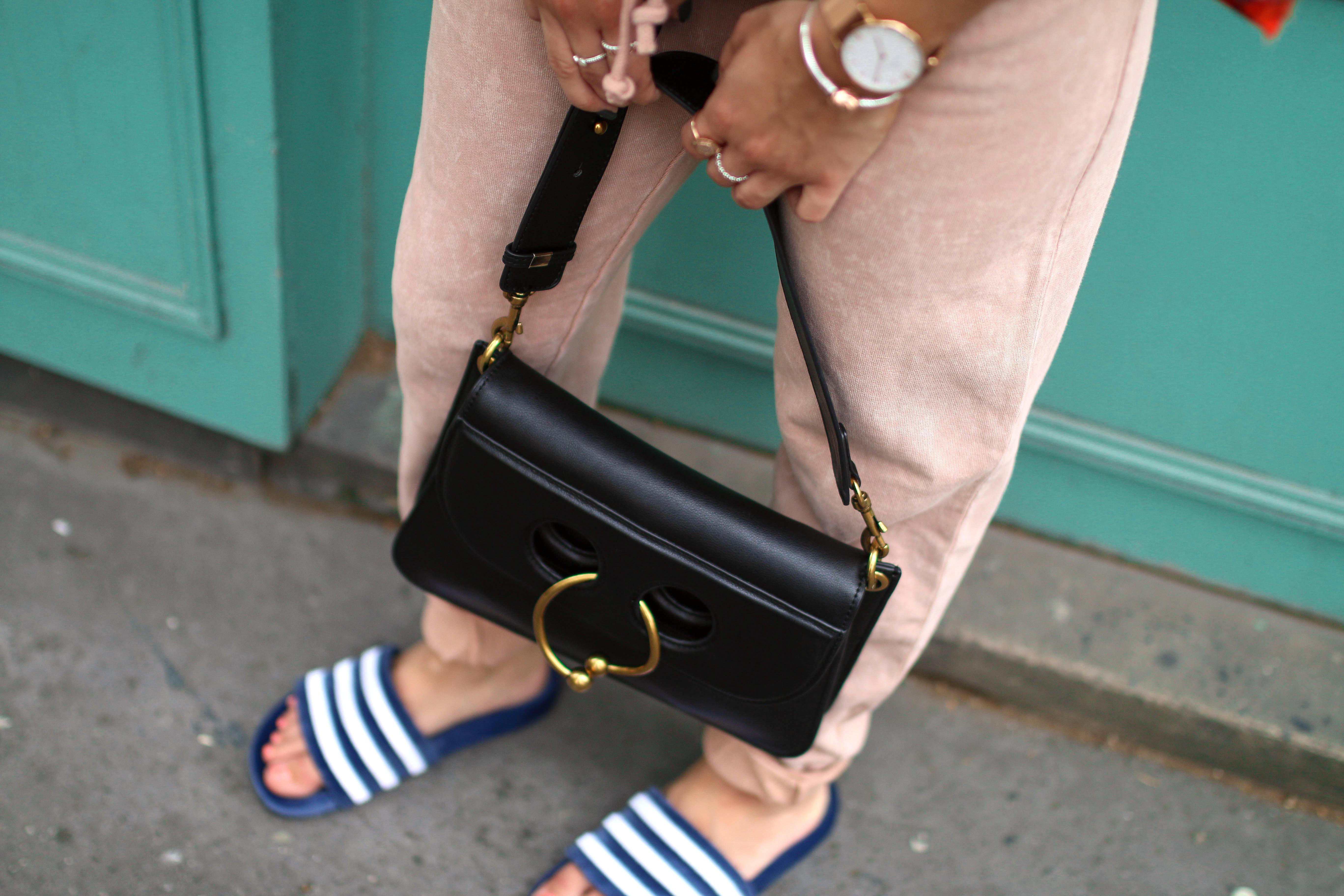 velvet adilettes trend velvet adiletten latest fashion trend streetstyle paris