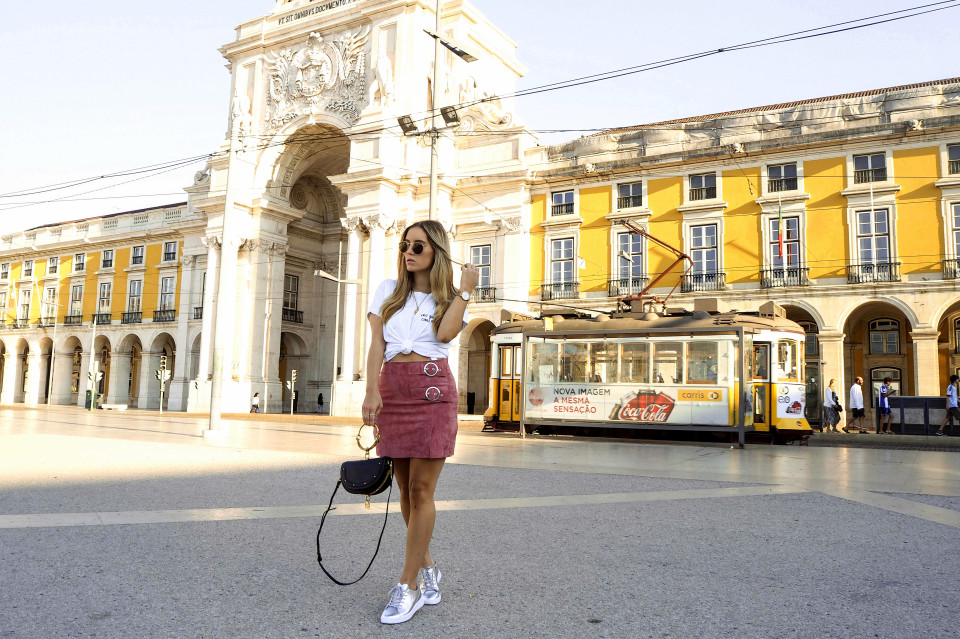 http://www.fashiontwinstinct.com/wp-content/uploads/2017/09/hot-spots-of-lisbon-travel-diary-lisboa-lissabon-reiseblog-travel-blog-2-960x639_c.jpg