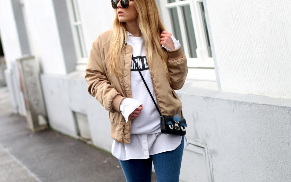 https://www.fashiontwinstinct.com/wp-content/uploads/2016/03/fendi-bomber-jacket-2-960x600_c.jpg
