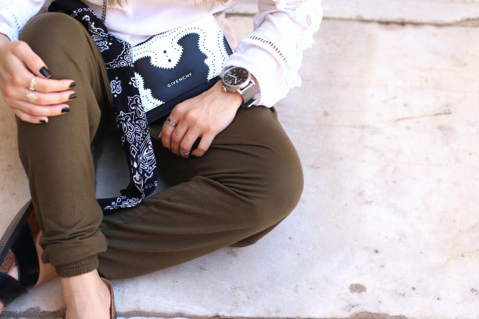 https://www.fashiontwinstinct.com/wp-content/uploads/2016/06/tw-steel-maverick-watch-givenchy-bag-blogger-style-960x640_c.jpg