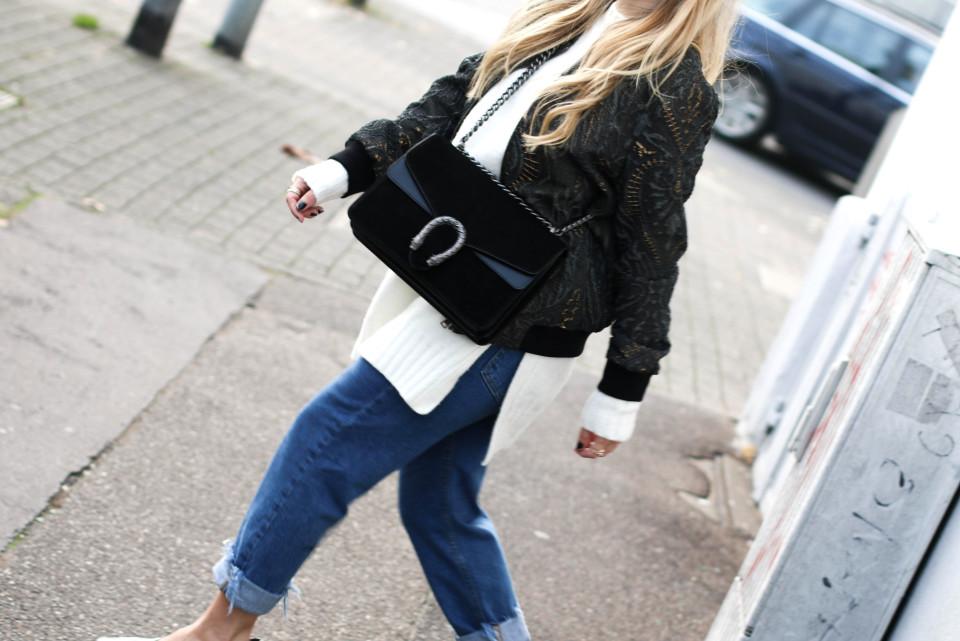 https://www.fashiontwinstinct.com/wp-content/uploads/2016/10/IMG_2685-1-960x641_c.jpg