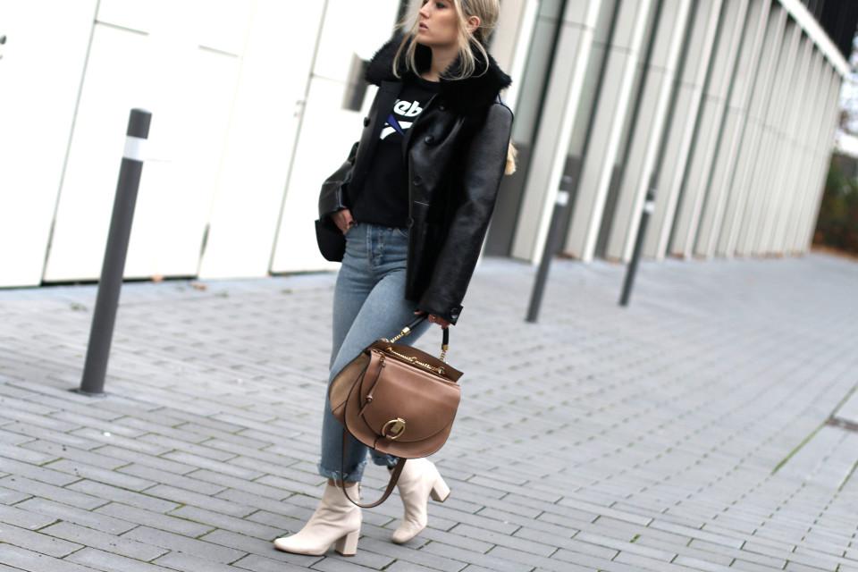 https://www.fashiontwinstinct.com/wp-content/uploads/2016/11/IMG_4366-960x640_c.jpg