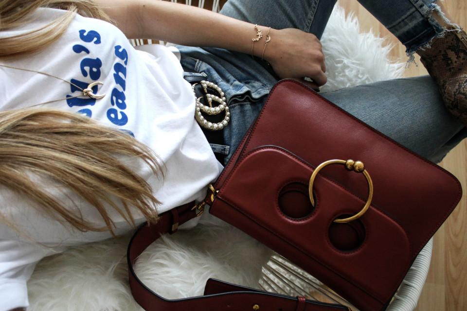 https://www.fashiontwinstinct.com/wp-content/uploads/2017/01/IMG_7594-960x640_c.jpg