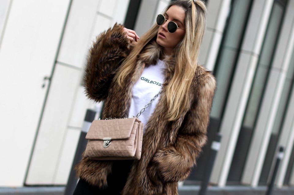 https://www.fashiontwinstinct.com/wp-content/uploads/2017/01/IMG_8694-1-960x639_c.jpg