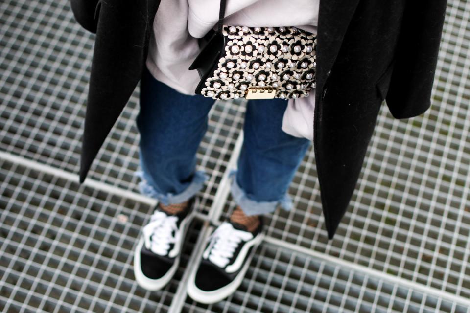 https://www.fashiontwinstinct.com/wp-content/uploads/2017/01/IMG_9358-960x640_c.jpg