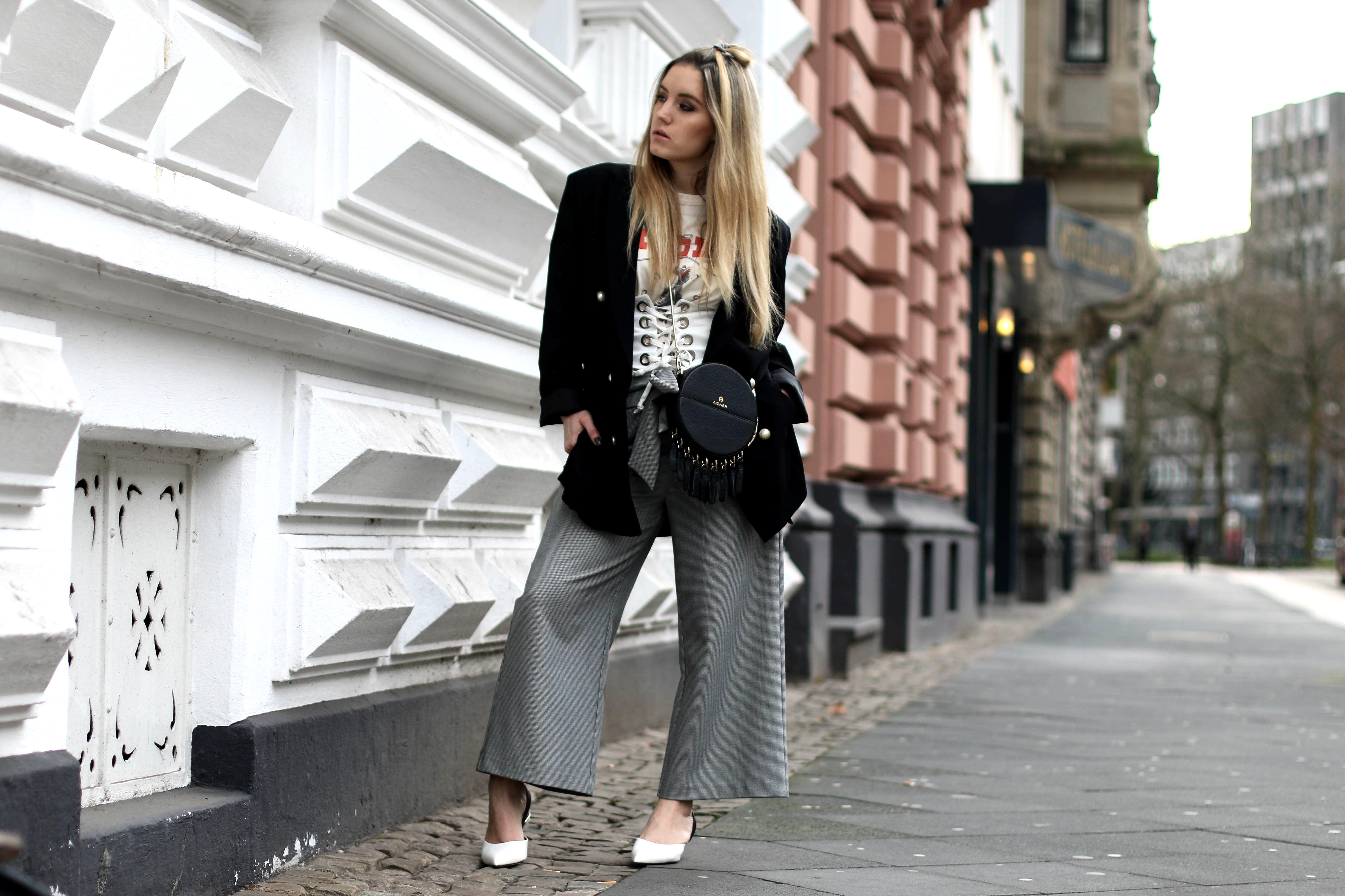 corset belt white fashion blog how to style