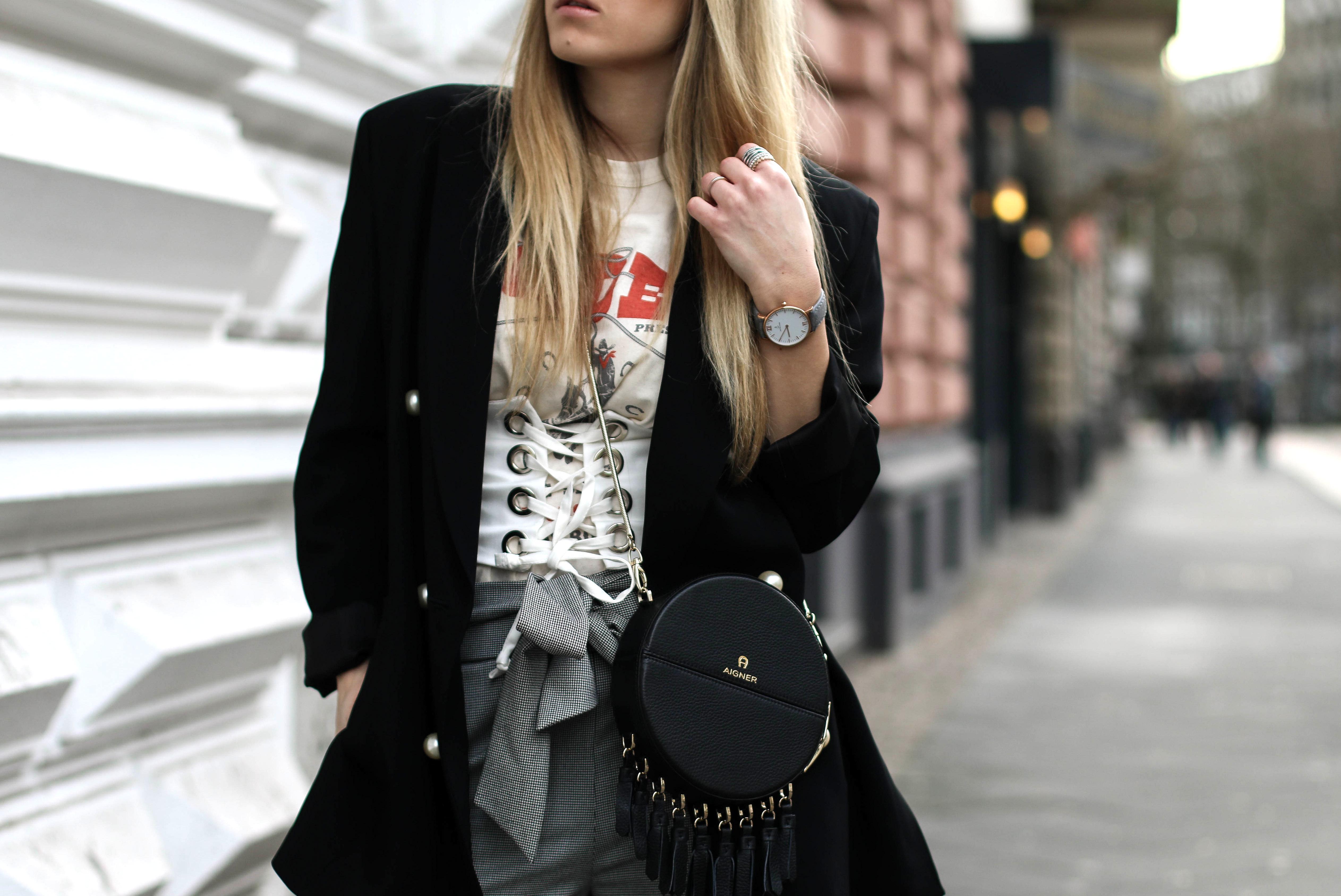 corset belt streetstyle blog aigner tonda bag