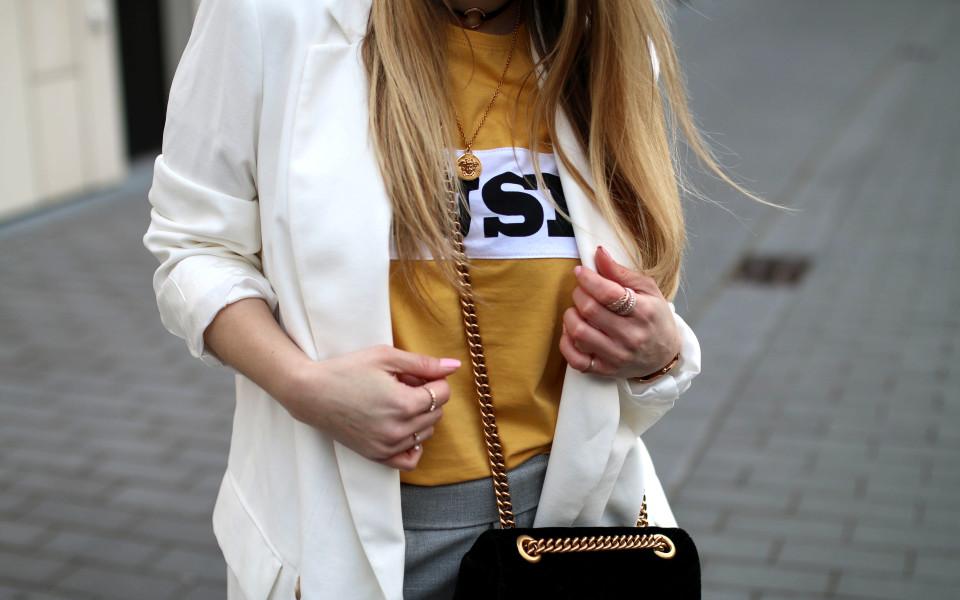 https://www.fashiontwinstinct.com/wp-content/uploads/2017/05/track-pants-trend-fashion-blog-streetstyle-colourfulrebel-muse-shirt-colourful-rebel-discount-code-960x600_c.jpg