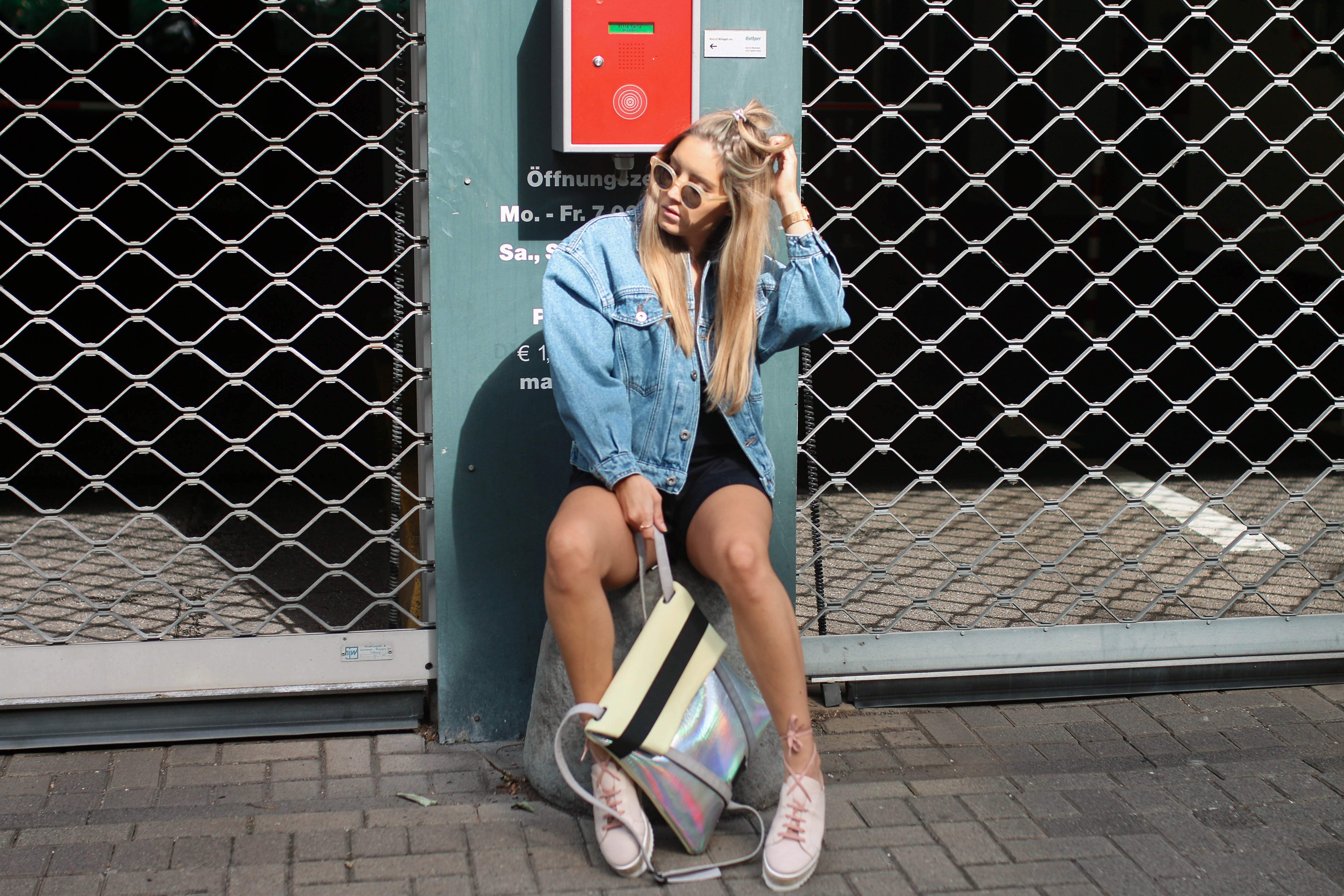 denim streetstyle looks minty square online shop premium brands oversized denim jacket fashion blogger