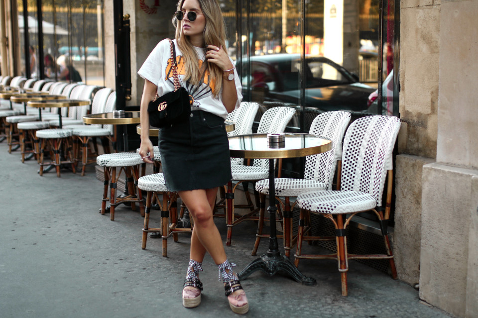 https://www.fashiontwinstinct.com/wp-content/uploads/2017/07/gucci-marmont-velvet-gucci-bag-miu-miu-platforms-ballerina-paris-streetstyle-cafe-paris-1-960x639_c.jpg