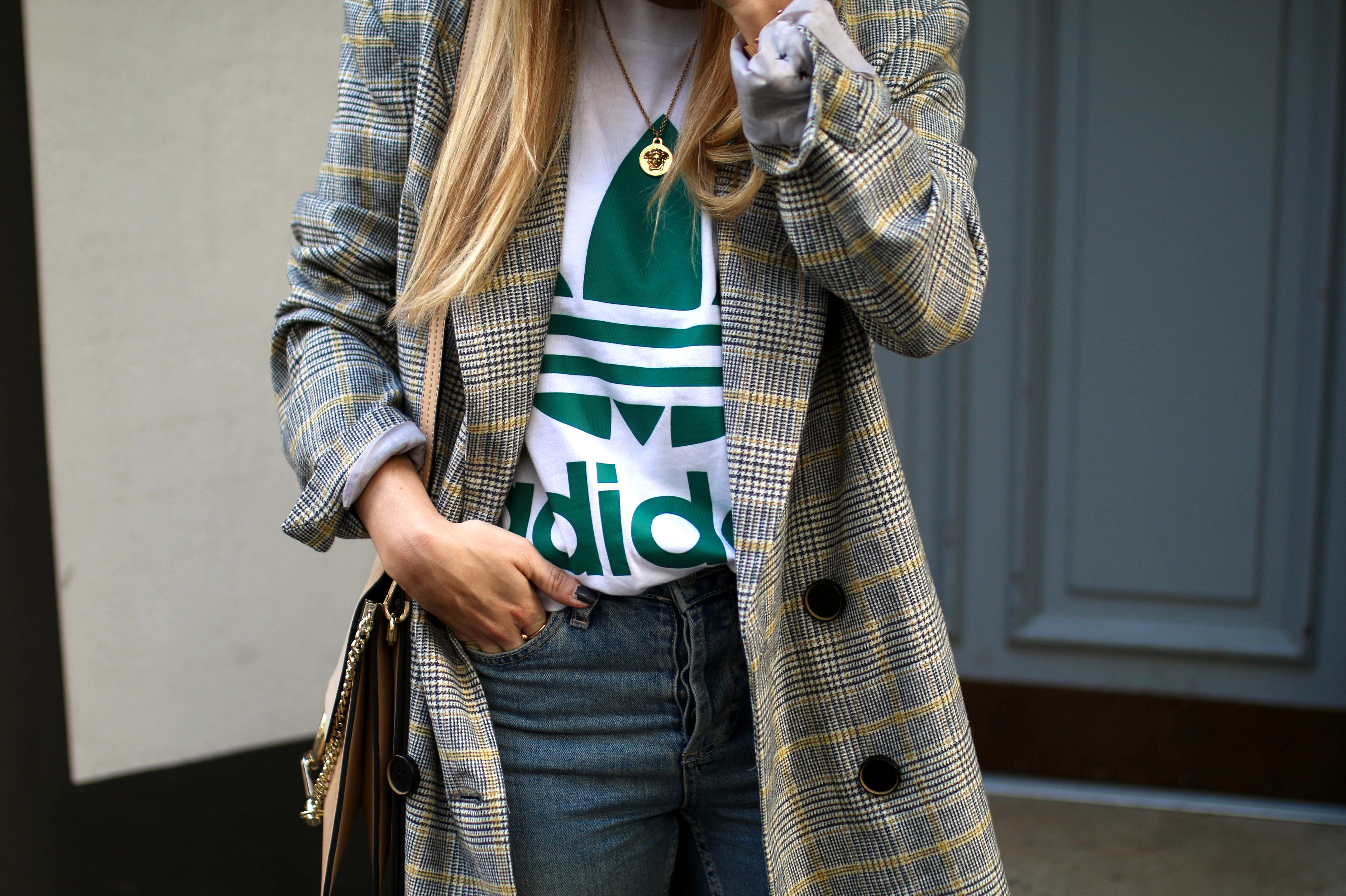 baker boy hat checked coat chloegirls outfit inspo streetstyle