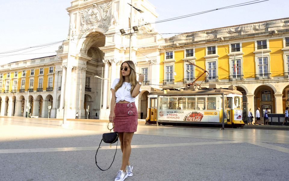 https://www.fashiontwinstinct.com/wp-content/uploads/2017/09/hot-spots-of-lisbon-travel-diary-lisboa-lissabon-reiseblog-travel-blog-2-960x600_c.jpg