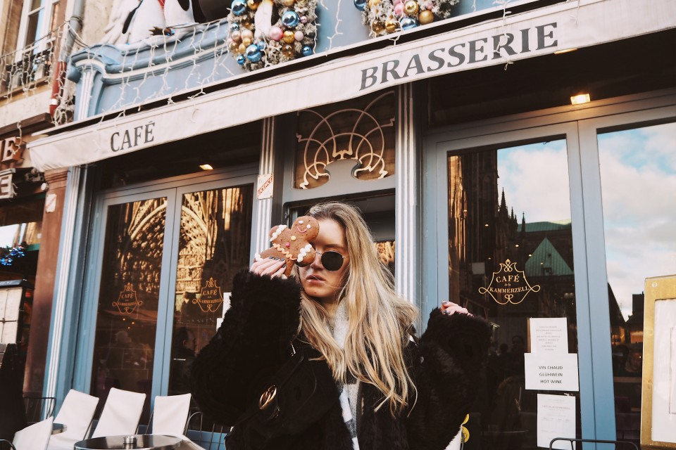 https://www.fashiontwinstinct.com/wp-content/uploads/2018/01/Strasbourg-Travel-Diary-Christmas-Market-Marche-de-Noel-1-960x640_c.jpg